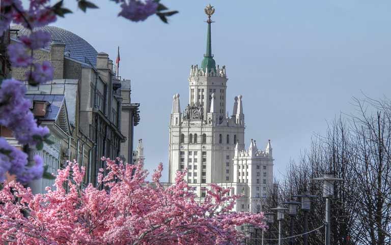 Экскурсии по Москве весной